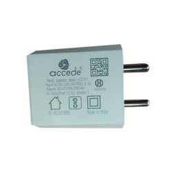 White Electric Accede Travel Charger