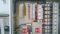 3 Phase Distribution Panel Wiring, For Commercial, Operating Voltage: 220-280 V