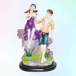 Decorated Love Couple Statue