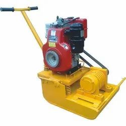 Earth Compactor Machine , Plate and Soil  Vibrator Machine 5 HP 1 Ton Diesel Eng.