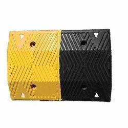 Rubber Speed Breaker 500x350x50MM