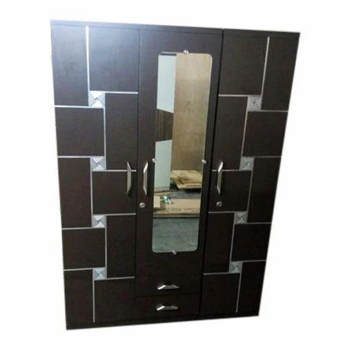 3 Door Bedroom Wardrobe With Mirror