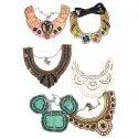 Fashionable Neckles, Packaging Type: Box