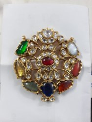 22 Ct Gold Jadau Navratan Pendent With Navratan Stone And Uncut Diamond Polki Stone