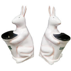 Plastic Rabbit Dustbin