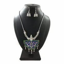Meena Round Pendant Necklace Set