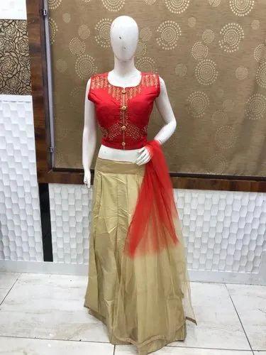 Red, Golden Round Neck Ladies Red Crop Top Skirt, Packaging Type: Box