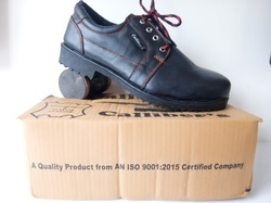 Calliber's Orange Stitching Safety Shoes