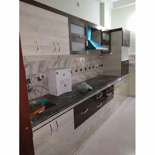Classic Modular Kitchen Cabinets Rs 18000 Piece: Laminated Modular Kitchen Manufacturer
