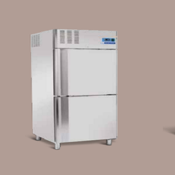 Folding Door Stainless Steel Freezer Stroke Chiller, Capacity: 640-1390 Liter, Automation Grade: Automatic
