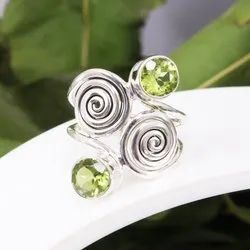 Natural Green Peridot Gemstone 925 Sterling Silver Ring