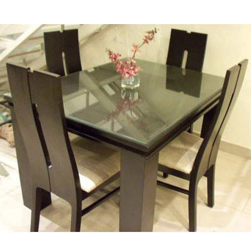 Solid Wood 4 Seater Dining Table Set डइनग टबल सट