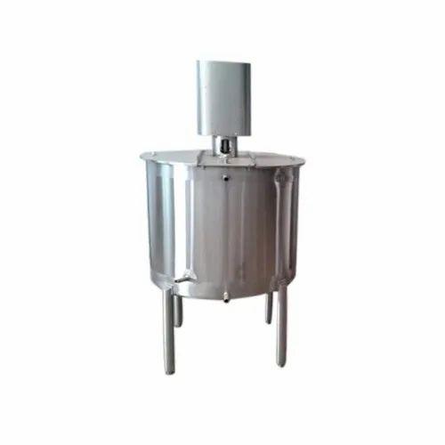 Juice Blending Storage Tank, Capacity: 250 to 5000 L, Steel Grade: SS316
