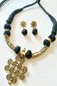 Designer Pendant Threaded Necklace