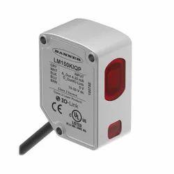 Banner LM Series Compact Precision Laser Measurement Sensor