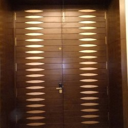 Interior Finished Solid Wooden Door, For Home