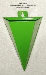 Green Triangle Iron Planter for Garden, Size: 6