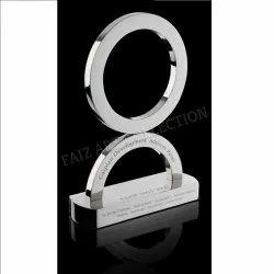 1035 Ring Type Trophy