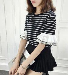 Han Fan Black & White Loose Sleeve T-shirt, Size: M & L