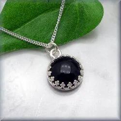 Casual Wear Black Onyx Necklace, Size: 18