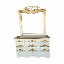 Fancy Dresser Prosperous