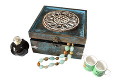 Blue & Brown Handmade Wooden Antique Jewellary Box : Blue