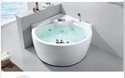 White Round Bathtub