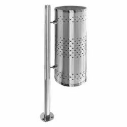 Pole Mounted Single Dustbin