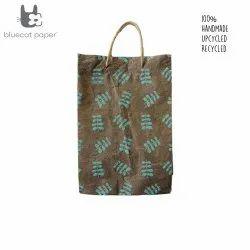 Linen Carry Bag (L) - sky blue twig leaf print, jute rope handles