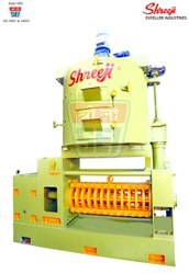 Automatic Copra Oil Expeller Machinery, Capacity: 5-20 Ton/day, VIRAAT SE II