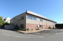 Mild Steel Prefab Pre Engineered Warehouse, Thickness: 1-2 Mm (sheet)