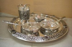Glossy Silver Antique Dinner Set