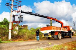 Electrical Distribution Crane