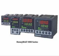 DC1040 Honeywell PID Controller