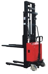Electro Hydraulic Fork Stackers