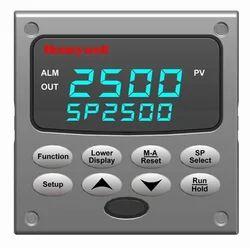 Honeywell Universal Digital Controller UDC2500
