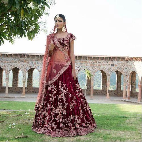 65b2428762785 Bridal Embroidered Semi-Stitched Lehenga Choli