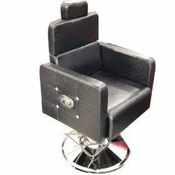 Roundable Salon Chair