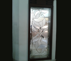 Multicolor Premium- Decorative Glass For Window, Packaging Type: Wooden Crates (export Packing)