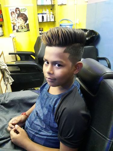 Men Hair Cutting Service \u0026 Hair Cut and Style Retailer from