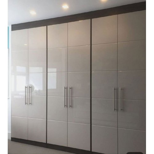 White Designer Wooden Almirah Rs 990 Square Feet Ubic Design Id 20988631791