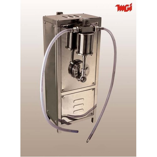 Motorized Liquid Filling Machine