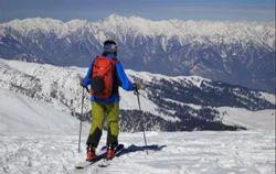 Gulmarg Skiing Tour Service