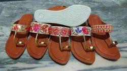 Women Ethnic Embroidered Kolhapuri Chappal