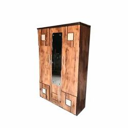 Hinged Brown Modern Wooden Almirah, For Home