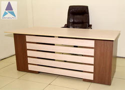 Sleek Office Executive Table