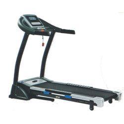 W 590 Motorised Treadmill