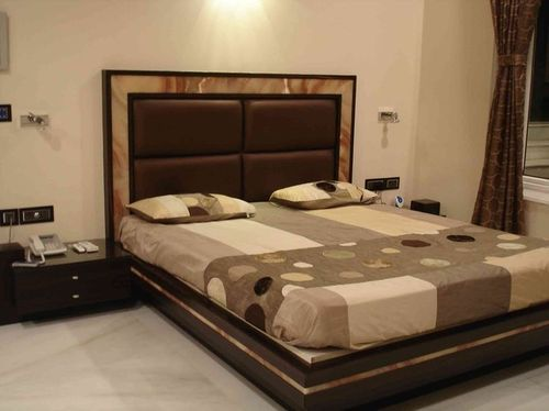 Wooden Plain Cushion Double Bed कुशन पलंग कुशन बेड