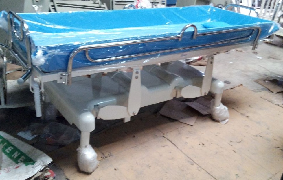 SURGITECH Light Blue Shower Trolley, Surgitech   ID: 7633237630