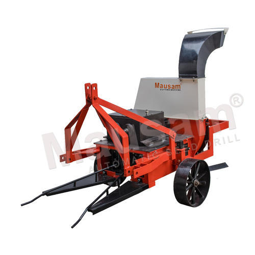 Mausam Mild Steel Tractor Drawn Cutting Machine